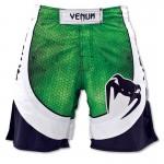 Бойцовские шорты VENUM AMAZONIA 3.0 зеленые